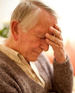Трясется голова: 7 этиопатогенетических типов патологии