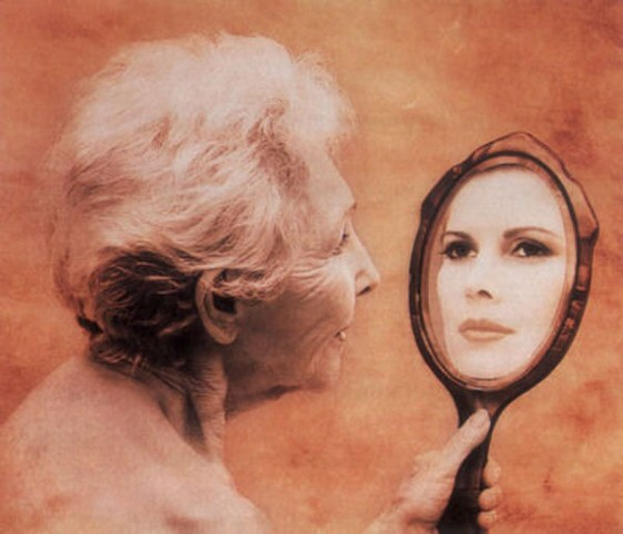 как с помощью макияжа скрыть морщины на лбу