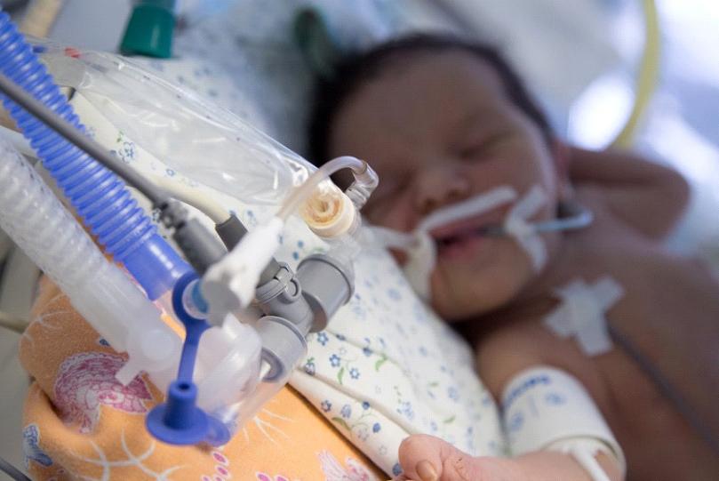 Этапы выхаживания недоношенного ребенка